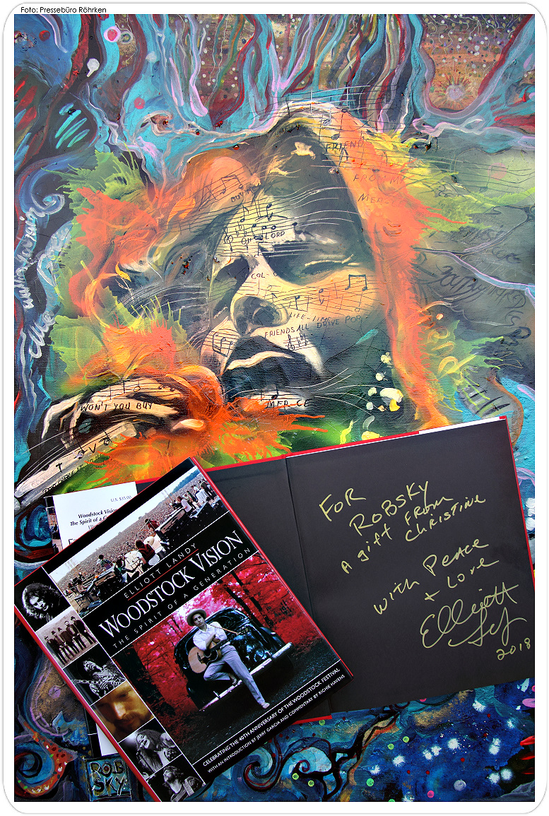 original signature by Elliott Landy, the woodstockphotographer and artist friend of Christine Dumbsky and ROBSKY - Janis Jopelin and Linda Schmelzer inspried this painting, both great voices and that songs